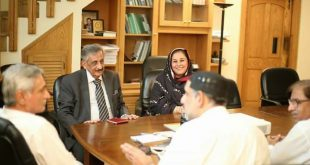 MNA Sahibzada Nazeer Sultan, Ghulam Bibi Bharwana, Sh Yaqoob, Azam Chela Col. Gazanffar Join PTI with Imran Khan 1