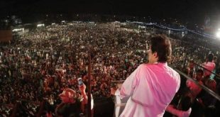 PTI Karachi Jalsa 12 May 2018 - Imran Khan Addressing